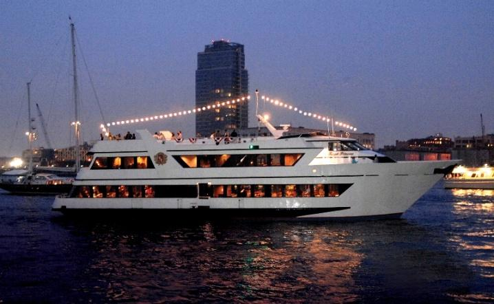 Motor yacht Royal Princess - starboard