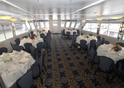 Manhattan yacht 110 dining
