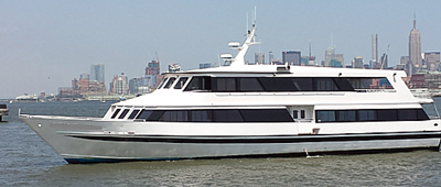 NYC charter yacht 110 port