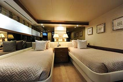 yacht 112 twin stateroom