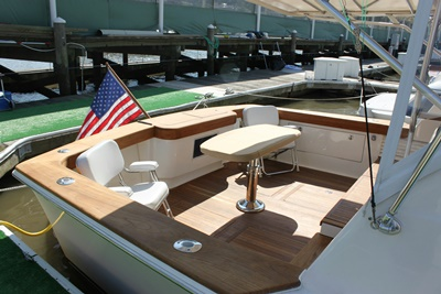 NYC yacht 50 - cockpit