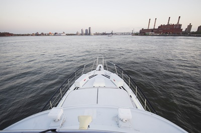 NYc charter yacht 58 forward