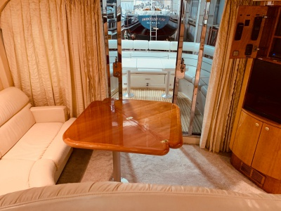 New Jersey rental yacht 59 folding table