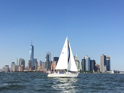 NYC charter yacht 7 starboard