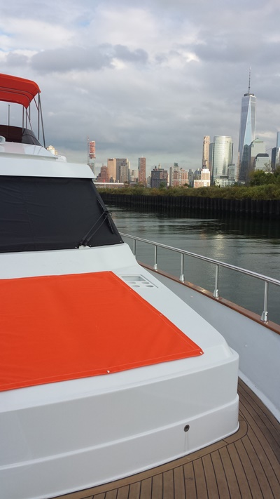 New York charter boat Yacht 70