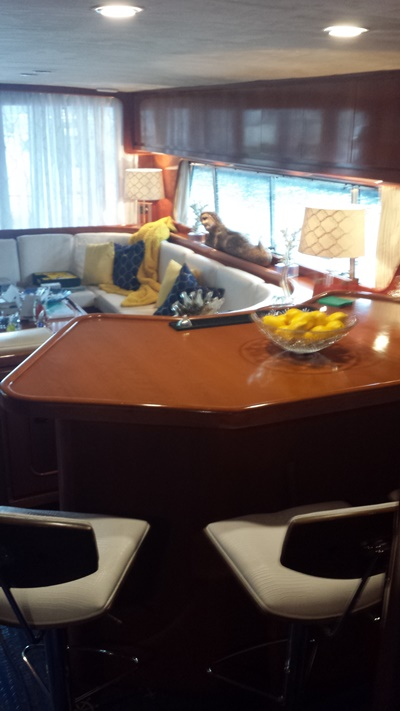Manhattan yacht 70-table